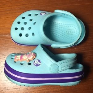 84417df26244e Crocs Baby shoes with lamb blue purple 4